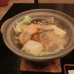 50856044 - 【鍋 物】モヨロ鍋                         オホーツクサーモンを始め海鮮がふんだん。