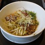 煌力 - 汁なし担々麺(\690)