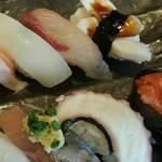 50857827 - 握りたてのお寿司