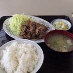ふじみ食堂 - 肉生姜焼定食  850円