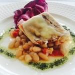 指帆亭 - 漁港直送鮮魚のポワレ モッツァレラチーズとセミドライのチェリートマト
