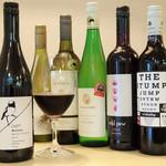 プラスアルファキッチン - 豪州ワインは30種類以上!
