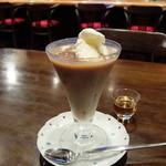 ナナコーヒーショップ - コーヒーフロート