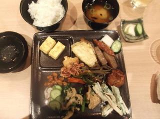 福福茶屋 - 郷土料理お好み皿