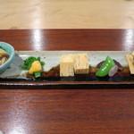 和み茶屋 - 前菜:春キャベツおひたし、菜の花黄身酢、出汁巻き卵、焼き椎茸、わさび漬け