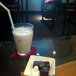 北隣館 Cafe Green - バナナジュース+ミニデザートのセット 2016/5/11(水)