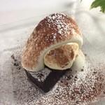 ル・ピックアシエット - 料理写真:蒸し焼きしたガトーショコラ