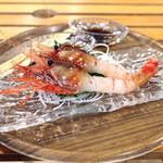 新湊鮮魚センター - 料理写真:ぼたん海老
