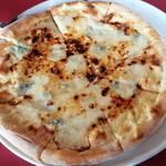 マリーザ - 蜂蜜とゴルゴンゾーラのピッツァ
