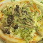 サイゼリヤ - 野菜ときのこのピザ ¥399