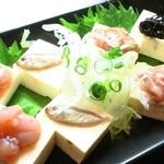 ◆島豆腐4種の塩辛のせ