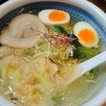 50879852 - 海老ワンタン麺