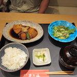 築地 奈可嶋 - 煮魚膳 1150円