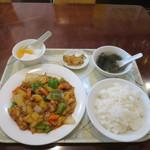 50880739 - 鶏肉のカレー風味炒め定食