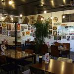 Cafe Contigo - 店内