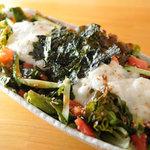 串焼肉と煮込みのお店 きんちゃん - きんちゃんサラダ