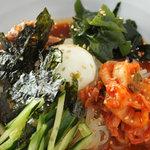 串焼肉と煮込みのお店 きんちゃん - ピビン麺