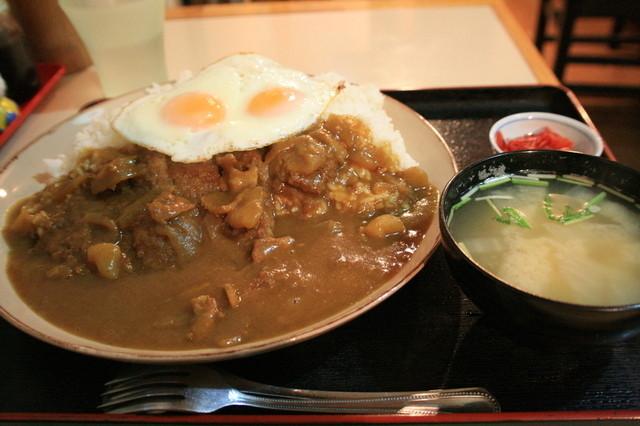みゆきちゃん定食 - カツカレー特盛り(780円)