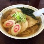 手打らーめん まるち - 醤油チャーシュー麺 900円