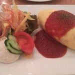 京の洋食工房 MOLLette - オムライスとサラダのワンプレート