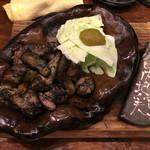 晴 - 比内地鶏の炭火黒焼