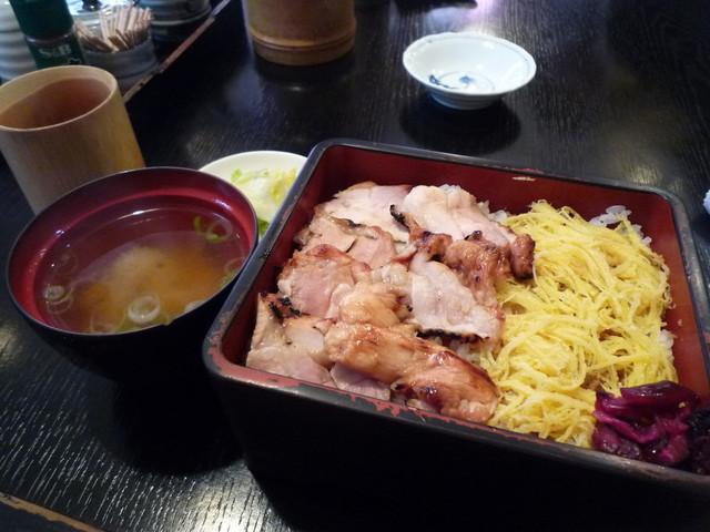 弐鷭家 - きじ焼弁当¥780