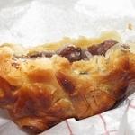 なにわ鯛焼きパイ - ・「たい焼き あんこ(¥248)」の断面。