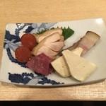 50918949 - 燻製(きんかん、牛タン、チーズ、豚バラ、鳥モモ)