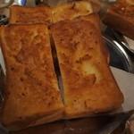 六曜社 - バタートースト