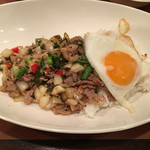 50925140 - 豚肉のタイバジル炒め