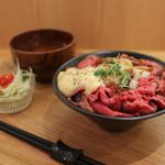 にくきゅう - ローストビーフ丼☆