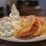 ihana cafe - ふわふわ生クリーム&さくふわフレンチトースト&甘いソフトクリーム☆