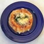 パン工房 あん - 料理写真:ピザパン、150円です。