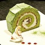 織部 - 抹茶のロールケーキ
