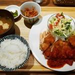 168食堂 - ジャンボチキンカツ定食(980円)