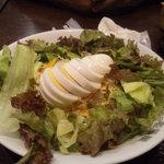 CoCo壱番屋 - 野菜サラダ・ゆで卵250円