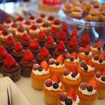 ラウンジ&シャンパンバー「ベランダ」 - カップケーキ3種
