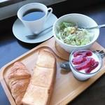 コーヒーハウス ショコラ - モーニングB(500円)