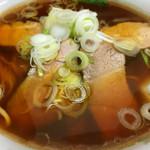 福福中華そば - チャーシュー麺 950円