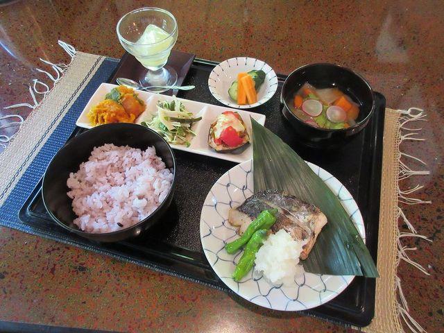 キッチン圓 - ランチ[鰆の塩麹焼き他](2016/05/13撮影)