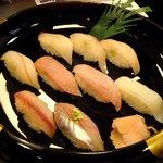 寿司の海女屋 - 地魚握り