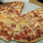 すし居酒屋かまくら - かまくら 「ピザ」