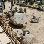 50958590 - キノコの石像