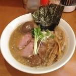 N's - 特製豚骨魚介ラーメン 980円