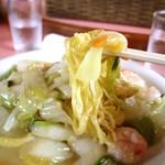桂林 - 料理写真:海老やきそば