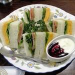 ティールーム高山 - サンドイッチ