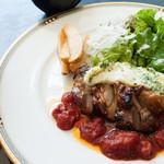 鉄板ダイニング 誉 - TAKAランチ(鶏もも肉とじゃがチーズのオーブン焼き)・ソフトドリンク付き:750円/2016年5月