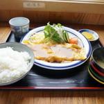 いずみ食堂 - 料理写真:オリジナル生姜焼き定食・・オムレツが来たかと思った(笑)