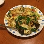 同楽 - 肉野菜いため。