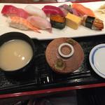 魚がし日本一 - 浜にぎり@1200円税抜